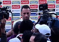 BARRANQUILLA - COLOMBIA - 02 – 10 - 2017: David Ospina, portero de la Selección Colombia, dialoga con la prensa, durante entreno en las canchas del Polideportivo Universidad Autonoma del Caribe. El equipo colombiano se prepara en Barranquilla para el partido contra el seleccionado de Paraguay el 05 de octubre, partido clasificatorio a la Copa Mundial de la FIFA Rusia 2018. / David Ospina, Colombia national team goalkepper, speaks with the media, during a training in the grounds of the Sports Center of Autonoma del Caribe University. Colombia team prepares in Barranquilla for the match against the national team of Paraguay on October 05, qualifying for the FIFA World Cup Russia 2018. Photo: VizzorImage / Luis Ramirez/ Staff.