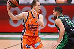 Liga ENDESA 2020/2021. Game: 11.<br /> Club Joventut Badalona vs Valencia Basket: 80-91.<br /> Klemen Prepelic vs Albert Ventura.