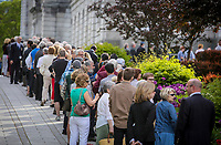 A line forms outside the National Assembly in Quebec City  to see former Quebec premier Jacques Parizeau who lies in state on Sunday June 7, 2015.<br /> <br /> PHOTO :  Francis Vachon - Agence Quebec Presse