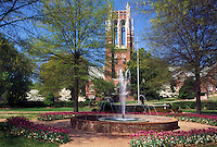 university, Richmond, Virginia, VA, Fountain on the campus of the University of Richmond.