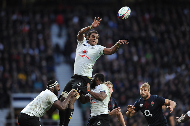 Leone Nakarawa of Fiji secures the lineout ball during the Old Mutual Wealth Series match between England and Fiji at Twickenham Stadium on Saturday 19th November 2016 (Photo by Rob Munro)