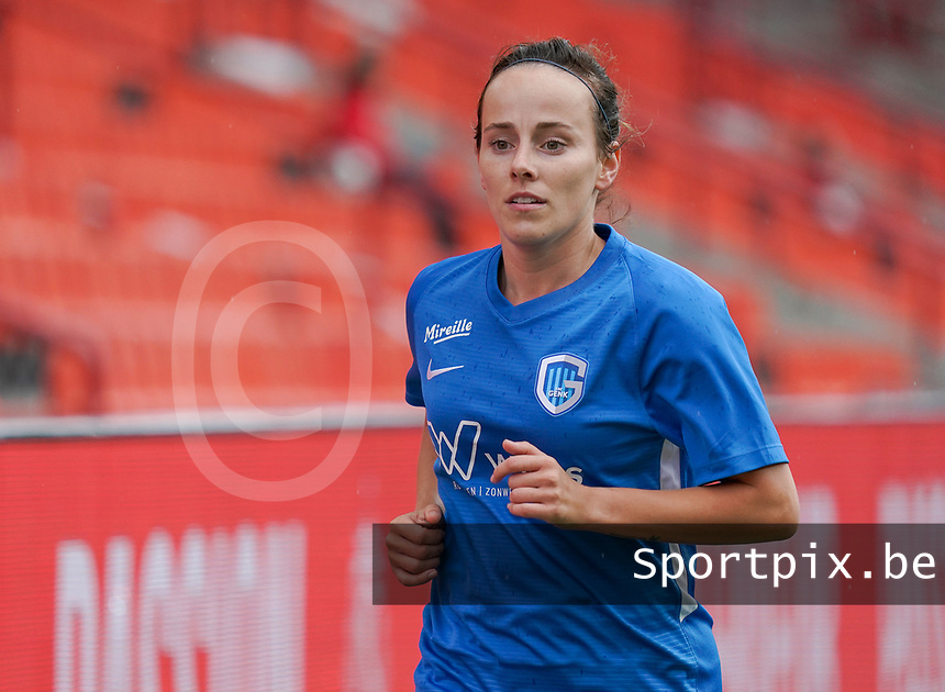 Genk's Silke Sneyers (2) pictured during a female soccer game between Standard Femina de Liege and KRC Genk Ladies  on the third matchday of the 2020 - 2021 season of Belgian Womens Super League , Saturday 3 rd of October 2020  in Liege , Belgium . PHOTO SPORTPIX.BE | SPP | SEVIL OKTEM