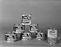Juli 1972. Conserven Fray Bentos.