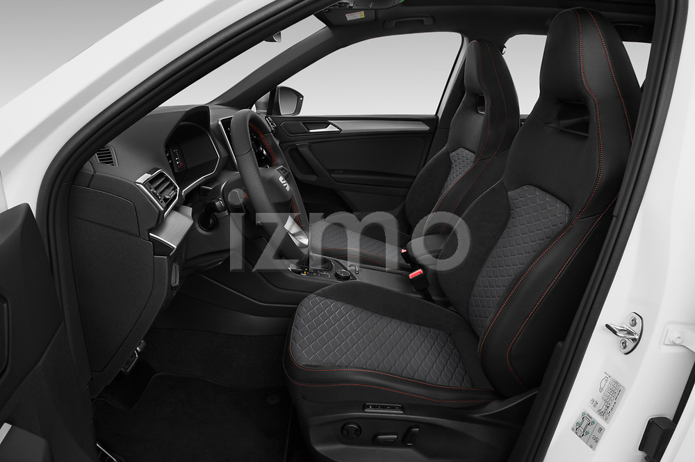 Front seat view of 2020 Seat Tarraco FR 5 Door SUV Front Seat  car photos