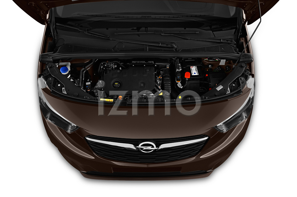 Car stock 2019 Opel Combo Dynamic 4 Door Car van engine high angle detail view