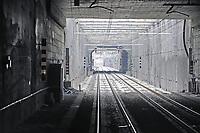 - linea ferroviaria Arcisate-Stabio, aperta dopo nove anni di lavori, collega direttamente la città di Varese e quella svizzera di Mendrisio, Lugano con l'aereoporto internazionale della Malpensa ed è parte del corridoio merci Europeo Genova - Rotterdam<br /> <br /> - Arcisate-Stabio railway line, opened after nine years of work, directly connects the city of Varese and the Swiss city of Mendrisio, Lugano with the Malpensa international airport and is part of the European freight corridor Genoa - Rotterdam.