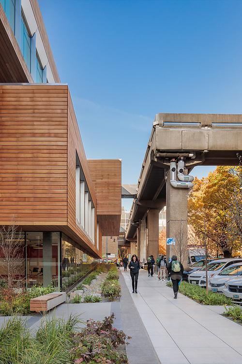 Karl Miller Center   Behnisch Architekten