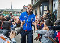 The Hague, The Netherlands, September 13, 2017,  Sportcampus , Davis Cup Netherlands - Chech Republic, Streettennis with Davis Cup Team, Thiemo de Bakker (NED)<br /> Photo: Tennisimages/Henk Koster