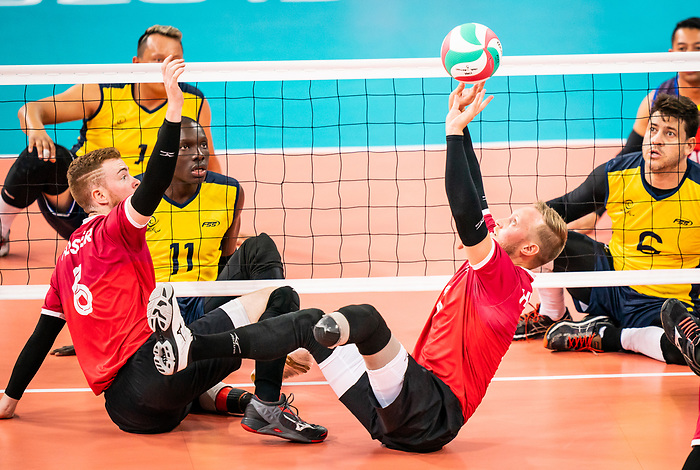Austin Hinchey and Bryce Foster, Lima 2019 - Sitting Volleyball // Volleyball assis.<br /> Canada competes for the bronze medal in men's Sitting Volleyball // Canada participe pour la médaille de bronze en volleyball assis masculin. 28/08/2019.