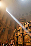 Israel, Jerusalem Old City, the Ceremony of the Holy Light at the Church of the Holy Sepulchre on Holy Saturday, Easter 2005<br />