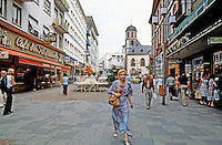 Frankfurt: Pedestrian Mall--Liebfrauen-Neve. Photo '87.