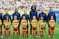 Fifa Women's World Cup Germany 2011 : France - Germany ( Frankrijk - Duitsland ) at Munchengladbach World Cup stadium : Eugenie LE SOMMER , Laura GEORGES , Laure BOULLEAU , Wendie RENARD , Berangere SAPOWICZ  en Sandrine SOUBEYRAND .foto DAVID CATRY / Vrouwenteam.be