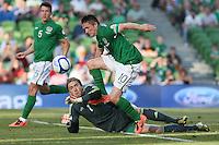 Robbie Keane, Gunner Nielsen