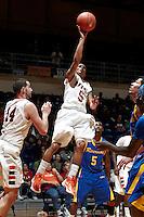 111228-UC Riverside @ UTSA Basketball (M)