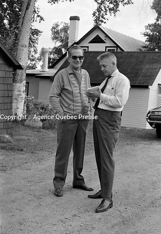 Daniel Johnson en conge force à la suite d'une crise cardiaque<br /> ,Entre le 22 et le 28 juillet 1968<br /> <br /> Photo : Photo Moderne - Agence Quebec Presse