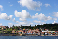 Blick über Gudhjem auf der Insel Bornholm, Dänemark, Europa<br /> Gudhjem, Isle of Bornholm Denmark