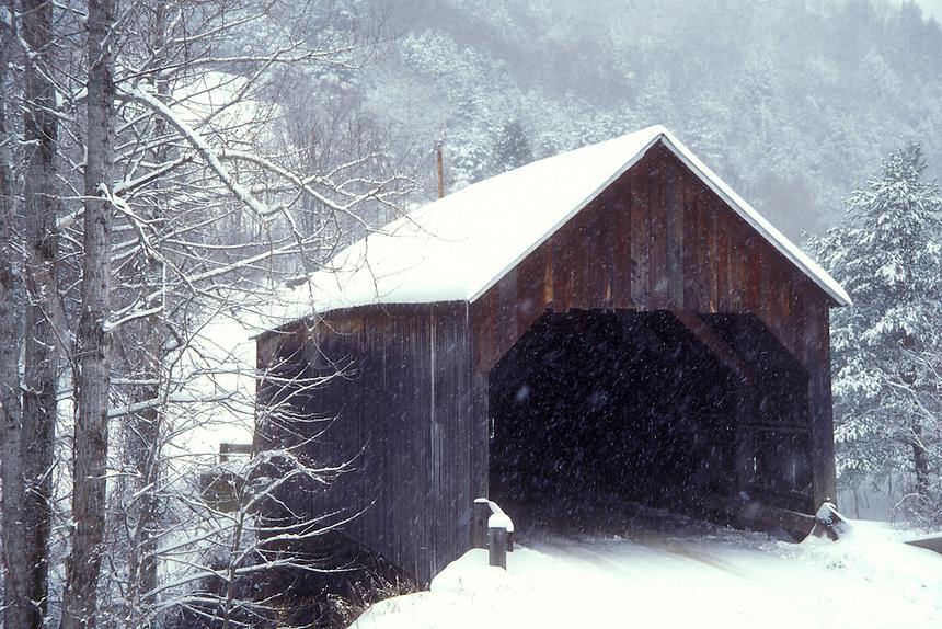 covered bridge, winter, Vermont, VT, Flint Covered Bridge in the snow in winter in Tunbridge.
