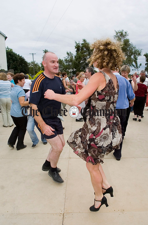 John O Connell and Nuala Riardan show how it's done during the Crossroads weekend at Clarecastle. Photograph by John Kelly.