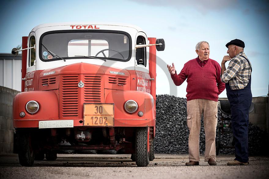 11/10/18 - BILLOM - PUY DE DOME - FRANCE - Essais Camion HOTCHKISS PL50 de 1965 - Photo Jerome CHABANNE