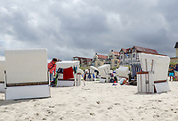 Strandkörbe am Hauptstrand von Wangerooge - Wangerooge 20.07.2020: Flug nach Wangerooge