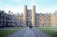 Cambridge: Trinity College. Photo '82.
