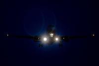 Planes landed / Aviones aterrizando en Manises - Valencia