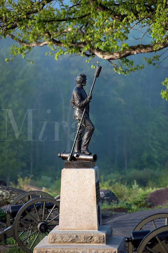 Devil's Den monument, Gettysburg National Military Park, Pennsylvania, USA