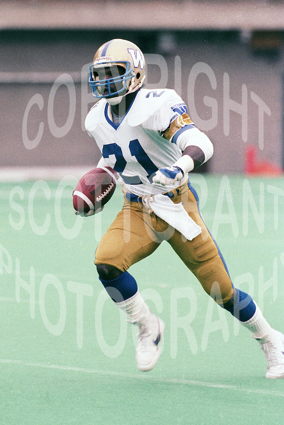 James Murphy Winnipeg Blue Bombers 1986. Copyright photograph Scott Grant