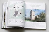 """Livre """"Sites remarquables du Limousin"""", Corrèze, ruines du château de Couzages"""