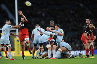 Jonny Arr of Worcester Warriors sends up a box kick during the Premiership Rugby match between Saracens and Worcester Warriors - 28/11/2015 - Twickenham Stadium, London<br /> Mandatory Credit: Rob Munro/Stewart Communications