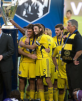 MLS Cup trophy, Guillermo Barros Schelotto, Frankie Hejduk, Sigi Schmid at MLS Cup 2008. Columbus Crew defeated the New York Red Bulls, 3-1, Sunday, November 23, 2008. Photo by John Todd/isiphotos.com