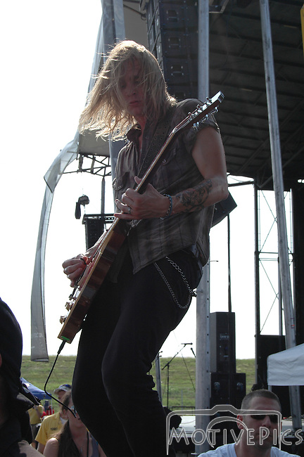 CAVO Playing Pointfest 27, August 2010.