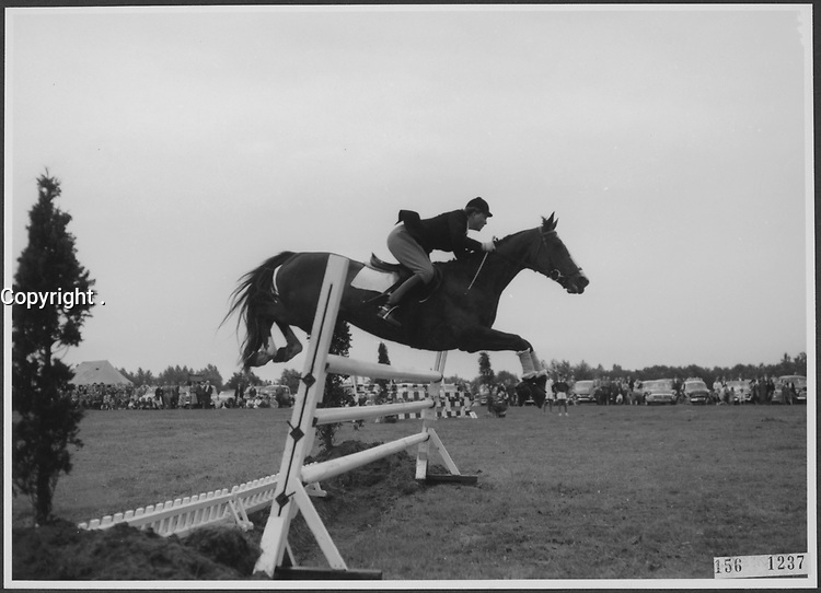 Equitation , 1956