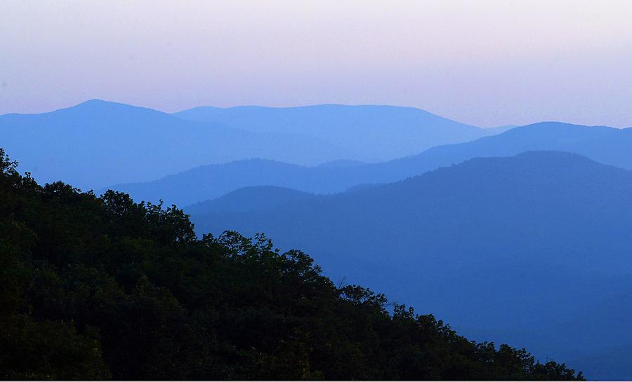 Blue Ridge mountain scene in Nelson County, Virginia. Photo/Andrew Shurtleff