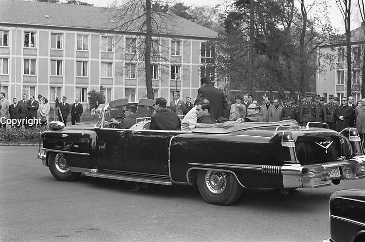 President Johnson (USA)  in Bonn for discussions, <br /> President Johnson<br /> Date April 24, 1967<br /> <br /> Photographer Merk, Ben / Anefo