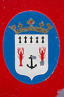 France, Bretagne, (29), Finistère, Treffiagat-Léchiagat:  Le port de Léchiagat fait face à celui du Guilvinec. Détail chalutier en carénage  au chantier naval, représentation langoustines, la demoiselle, la star du Guilvinec