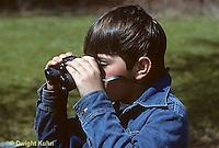BG03-003z  Boy using binoculars to increase his vision
