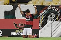 Rio de Janeiro (RJ), 13/10/2020 - Flamengo-Goiás -  Pedro jogador do Flamengo comemora seu gol,durante partida contra o Goiás,válida pela 11ª rodada do Campeonato Brasileiro 2020, realizada no Estádio Jornalista Mário Filho (Maracanã), na zona norte do Rio de Janeiro, nesta terça (13).