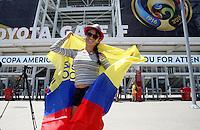 SANTA CLARA - UNITED STATES, 03-06-2016: Hinchas de Colombia llegan al Levi's Stadium previo al encuentro entre Estados Unidos (USA) y Colombia (COL)como parte de la Copa América Centenario 2016 que se realiza en Estados Unidos. / Fans of Colombia come to Levi's Stadium prior the match between United States (USA) and Colombia (COL) as part of Copa America Centenario 2016 held in United States. Photo: VizzorImage/ Luis Alvarez /Str