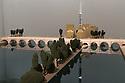 Parigi 7 agosto 2020.  In viaggio verso la Bretagna e il Supertramp. Centre Pompidou, esposizione Christo et Jeannne-Claude:  modellino del Pont Neuf impacchettato.