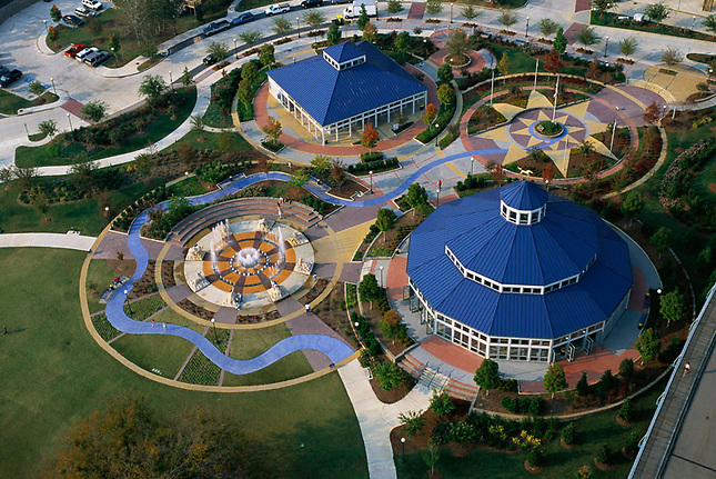 Amusement park shaped like the medal of honor along Chattanooga Riverfront