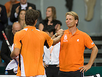 19-9-08, Netherlands, Apeldoorn, Tennis, Daviscup NL-Zuid Korea, Seccond rubber  Jesse Huta Galung   receives the wishes from captain Jan Siemerink