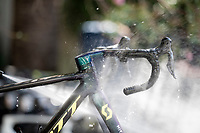 bike cleaning on rest day 2 with Team Mitchelton-Scott <br /> <br /> <br /> 106th Tour de France 2019 (2.UWT)<br /> <br /> ©kramon