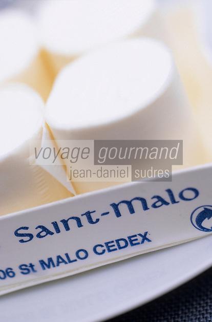 Europe/France/Bretagne/Ille et Vilaine/St Malo: Petis Suisses ou Petits Malos de la laiterie de Saint Malo