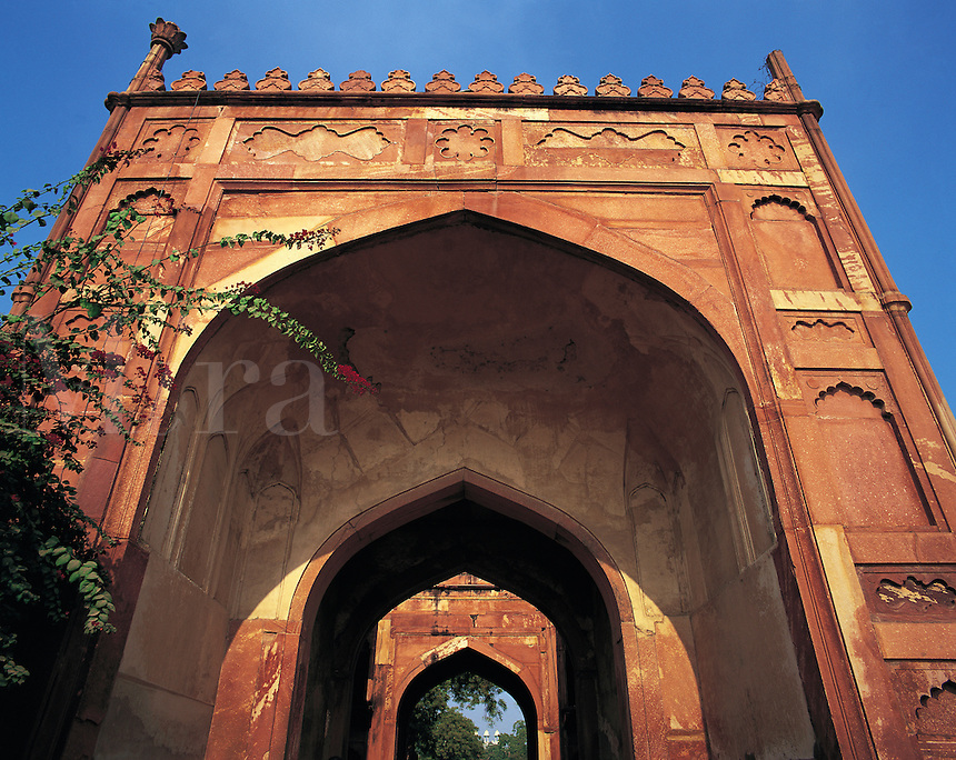 Series of ceremonial arches built in red sandstone, the Red Fort, Agra, Indi