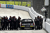 NASCAR Camping World Truck Series <br /> Texas Roadhouse 200<br /> Martinsville Speedway, Martinsville VA USA<br /> Saturday 28 October 2017<br /> Noah Gragson, Switch Toyota Tundra celebrates the win with checkered flag<br /> World Copyright: Scott R LePage<br /> LAT Images<br /> ref: Digital Image lepage-171028-mart-4527