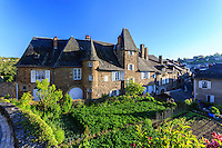 France, Corrèze (19), Uzerche, maison dite château de Tayac et potager en terrasse // France, Correze, Uzerche, Tayac Castle and kitchen garden on terrace