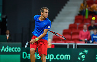 The Hague, The Netherlands, September 15, 2017,  Sportcampus , Davis Cup Netherlands - Chech Republic, Seccond Rubber: Lukas Rosol (CZE) returns behind his back<br /> Photo: Tennisimages/Henk Koster