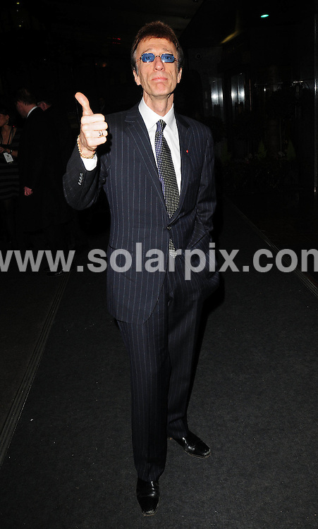 **ALL ROUND PICTURES FROM SOLARPIX.COM**.**WORLDWIDE SYNDICATION RIGHTS**.Celebrities Arrive at The Julien MacDonald premier at  London Fashion Week Spring 2008..This pic.Robin Gibb.JOB REF: 5796      SSD     DATE:15.02,08.**MUST CREDIT SOLARPIX.COM OR DOUBLE FEE WILL BE CHARGED* *UNDER NO CIRCUMSTANCES IS THIS IMAGE TO BE REPRODUCED FOR ANY ONLINE EDITION WITHOUT PRIOR PERMISSION*