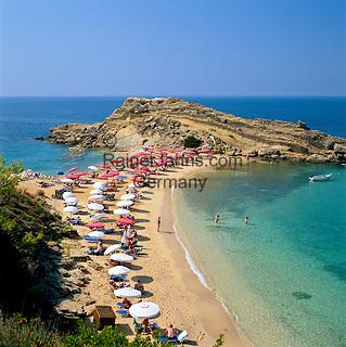 Greece, Cephalonia (Ionian island), Argostoli, district Lassi: Beach   Griechenland, Kefalonia (Ionische Insel), Argostoli, Ortsteil Lassi: Strand